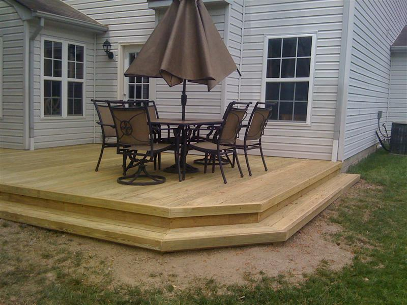Decks his and hers construction for Wood deck designs free